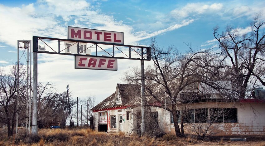 7 Abandoned Towns Where You Can Step Into the Past